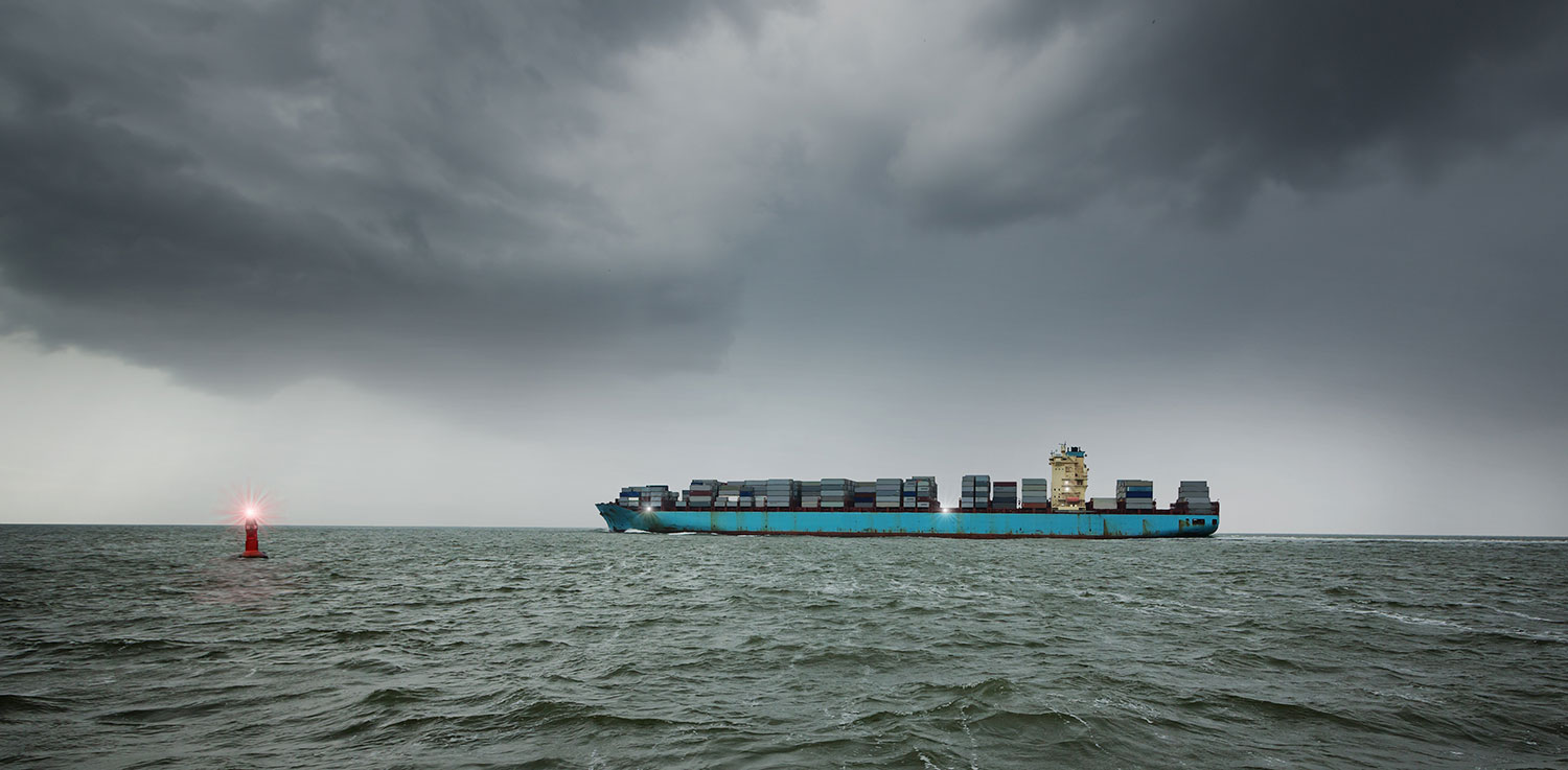 P&R Container Insolvenz – Containerschiff auf hoher See